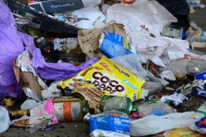"""<img src=""""Rubbish.jpg"""" alt=""""Rubbish with recyclables""""/>"""