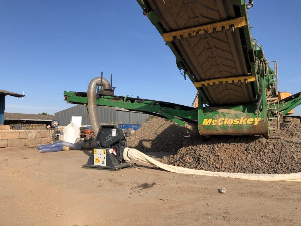 Airhog gully waste processing